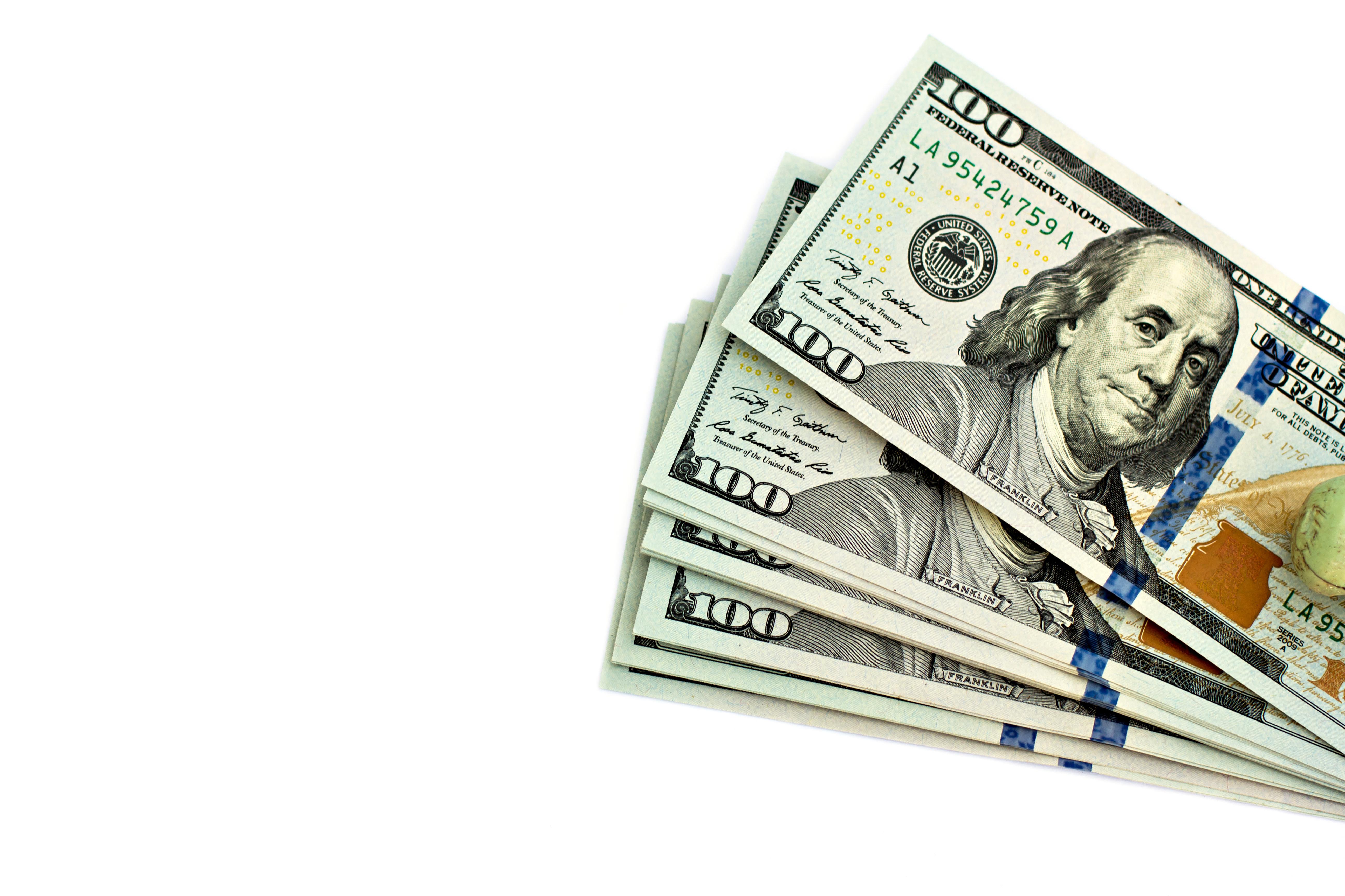 AdobeStock_82610485 - Money